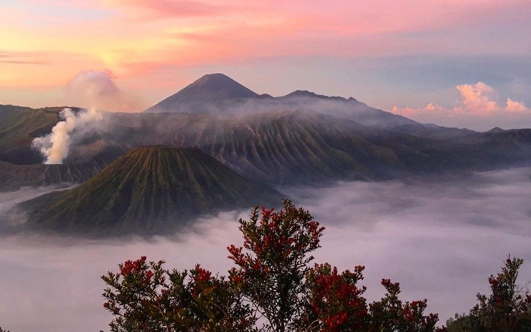 2 Days – Surabaya- Bromo -Mada kali pura water fall – back to Surabaya