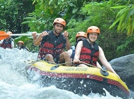 1 Day tour : from Banyuwangi city -Songgon (Adventure by jeep to telunjuk raung water fall, Pines foresh or rafting )
